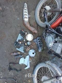 Barn find Suzuki ts 125 Motorcycle