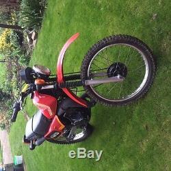 Suzuki TS 125 Motorbike