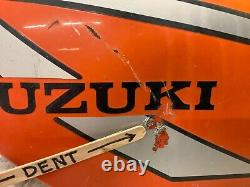 Suzuki TS 185. Gas Tank