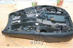 Suzuki TS250 r/j/k/l/m TS400 J/K SEAT REFURBISHED, LIKE NOS