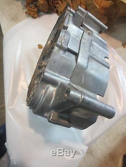 Suzuki TS90 nos crankcase set 1970-72 11301-25802