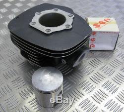 Suzuki Ts250 A 1976, New Original Cylinder With Original Piston, 11211-30001