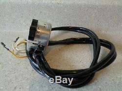 Interrupteur De Signal Gauche Suzuki Nos T-500 T350 T250 Ts-400 Ts-250 Ts-185 Ts-125 # Sw2