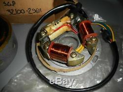 Nos Suzuki 73-76 Ts185 Assemblée Magneto Oem & Stator 32100-29611 32102-29612