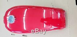 Nouveaux Nos 1974 Suzuki Ts250 Savage Rouge Réservoir De Gaz / Essence Vintage Ahrma 44110-30300-293