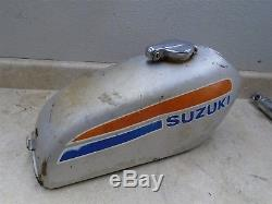 Suzuki 185 Ts Seirra Ts185 Réservoir De Carburant Usagé Gp Sb108