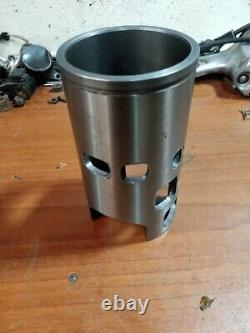 Suzuki Rh 250 Rh250 Ts250x Rh250x Cylindre Manche