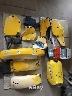 Suzuki Ts125 X Ts 125x Réservoir, Panneaux Et Phares, Etc. Job Lot