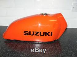 Suzuki Ts185 / Ts250 Réservoir À Essence, Solide, De Nombreuses Années Stockées, Réparation Des Pièces De Rechange