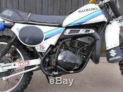 Suzuki Ts250er 1981 X Reg. Runs Et Pièces De Rechange Manèges Projet De Réparation Hpi Vérifié C07