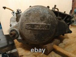 Suzuki Ts250m 1975 Moteur Pour Pièces De Rechange Ou Réparation, Y Compris Les Gaz D'échappement Et Carburateur
