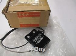 Suzuki Ts400 Ts250 Ts125 Rv125 Ts185 Sp370 Régulateur Redresseur 32500-27600 Nos