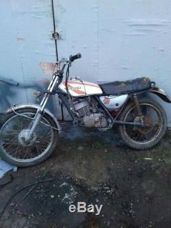 Trouve Grange Suzuki Ts 125 Moto