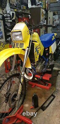 Ts 250. Rh 250 Suzuki