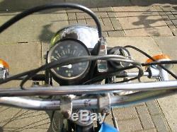 Vélo Pièces. 1974 Suzuki Ts100. Une Découverte Grange Très Rare